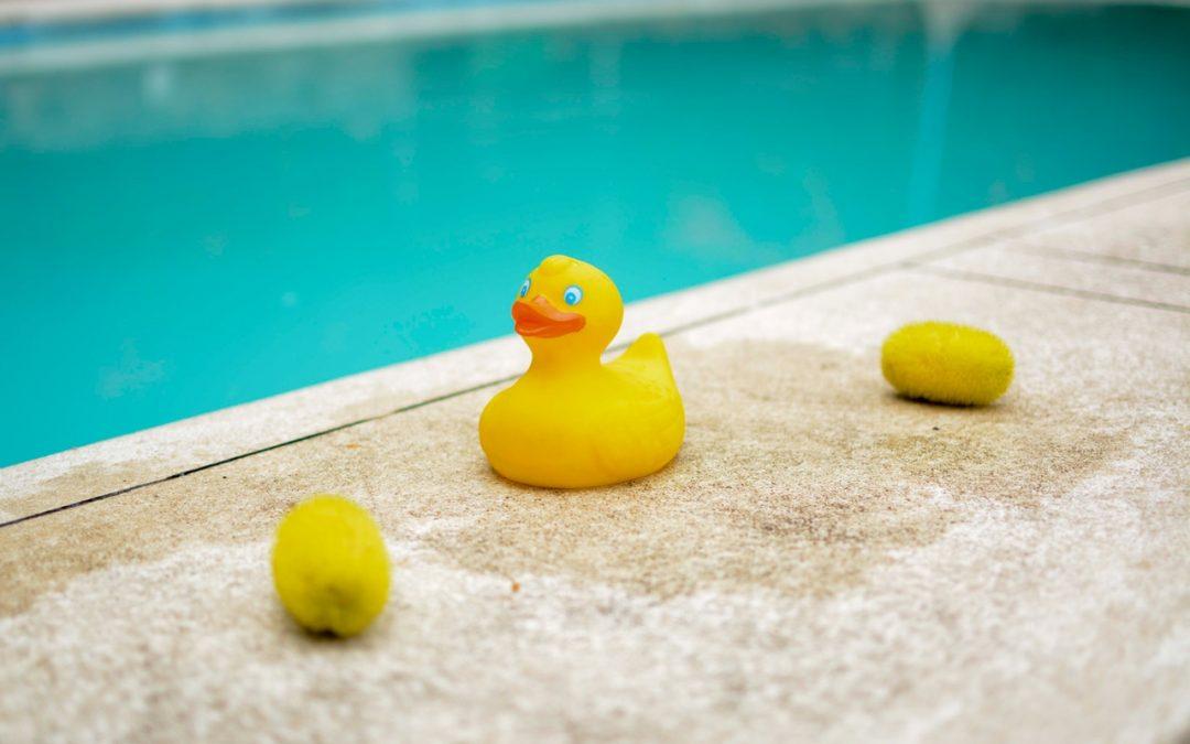Barnprodukter som gör sällskap i badet